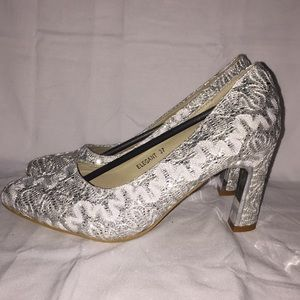Chic by Lady Couture women's Sz 6.5 Dress Shoes